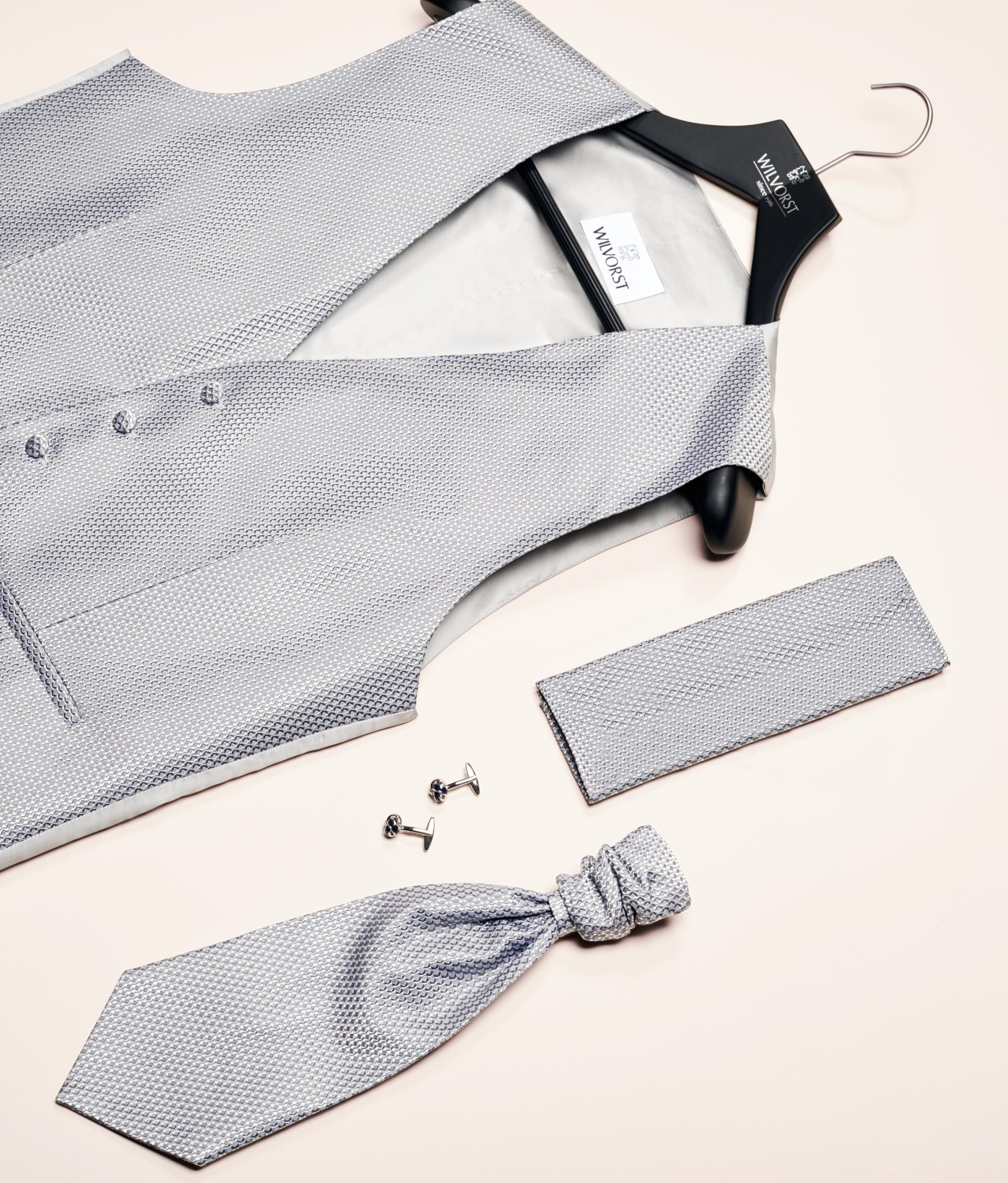 2019 Vőlegényi öltöny kiegészítők