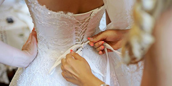 Esküvői ruha próba